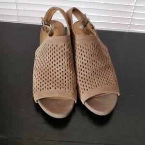 Franco Sarto sz9 sling back suede heels